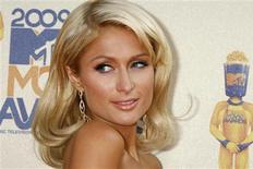 <p>Paris Hilton poses at the 2009 MTV Movie Awards in Los Angeles May 31, 2009. REUTERS/Fred Prouser</p>