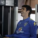 <p>Kaká sorri durante treino da seleção brasileira em Teresópolis nesta quarta-feira. REUTERS/Sergio Moraes</p>
