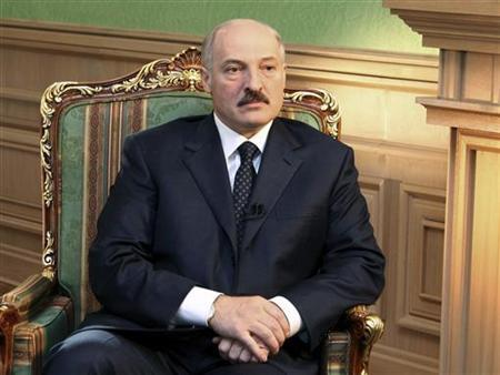 Belarus President Alexander Lukashenko listens to a question during an interview in Minsk May 4, 2009. REUTERS/Jury Oreshkin/Pool