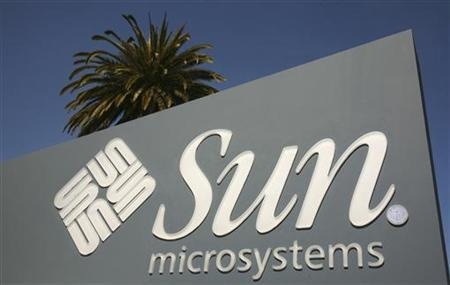 A Sun Microsystems sign is pictured at the company's headquarters in Santa Clara, California March 18, 2009. REUTERS/Robert Galbraith
