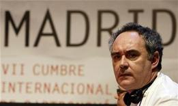 <p>Spanish chef Ferran Adria looks around during a discussion at the Madrid Fusion 7th International Summit of Gastronomy in Madrid January 20, 2009. REUTERS/Sergio Perez</p>