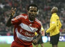 <p>Brasileiro Zé Roberto em Munique. 08/02/2009. REUTERS/Michael Dalder</p>