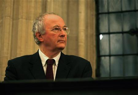 British author Philip Pullman prepares to deliver a speech on English poet John Milton at the opening of The Citizen Milton Exhibition at the Bodleian Library in Oxford, southeast England December 7, 2007. REUTERS/Dylan Martinez