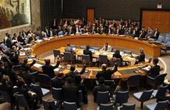 <p>Заседание Совета Безопасности ООН в Нью-Йорке 12 июня 2009 года. Совет безопасности ООН расширил список организаций и граждан Северной Кореи, к которым применяются санкции за разработки в ядерной и ракетной областях, добавив в него агентство страны по атомной энергии и двух его представителей. REUTERS/Mike Segar</p>