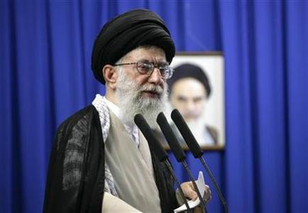 Iran's Supreme Leader Ayatollah Ali Khamenei delivers a sermon during Friday prayers at Tehran University June 19, 2009. REUTERS/Morteza Nikoubazl