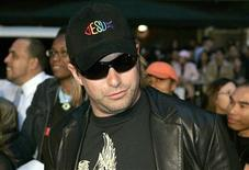 <p>Stephen Baldwin arrives for a special screening of the film Mission Impossible III at the Ziegfeld Theater in New York, May 3, 2006. REUTERS/Keith Bedford</p>