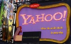 <p>Foto de archivo de una cartel de Yahoo! en Times Square de Nueva York, 18 nov 2008. Foto de archivo de una cartel de Yahoo! en Times Square de Nueva York, 18 nov 2008 REUTERS/Brendan McDermid</p>