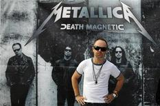 <p>Drummer Lars Ulrich of heavy metal band Metallica poses for the media in Mexico City June 4, 2009. REUTERS/Eliana Aponte</p>
