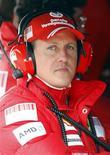 <p>Foto de arquivo do heptacampeão Michael Schumacher durante uma sessão de treino em Catalunya. 11/03/2009. REUTERS/Albert Gea/Arquivo</p>