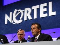 <p>Nortel President and Chief Executive Officer Mike Zafirovski (R) waits for the start of the company's annual general meeting with Chairman of the Board Harry Pearce in Ottawa May 7, 2008. REUTERS/Chris Wattie</p>