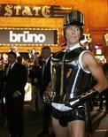 """<p>Ator britânico Sacha Baron Cohen na estreia australiana de seu novo filme """"Bruno"""" em Sydney. 29/06/2009. REUTERS/Daniel Munoz</p>"""