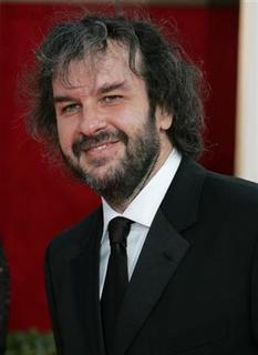 Director Peter Jackson arrives at the 63rd Annual Golden Globe Awards in Beverly Hills, California January 16, 2006. REUTERS/Lucy Nicholson