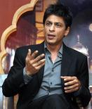 <p>Foto de arquivo do ator indiano Shah Rukh Khan em Mumbai. O astro de Bollywood foi detido em aeroporto dos EUA. REUTERS/Manav Manglani</p>