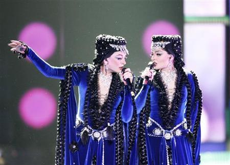 Inga & Anush of Armenia perform during the first semi-final rehearsals for the Eurovision Song Contest in Moscow May 12, 2009. REUTERS/Sergei Karpukhin