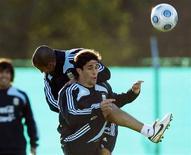 <p>Jogador da argentina Juan Forlin em Buenos Aires. 02/06/2009. REUTERS/Enrique Marcarian</p>