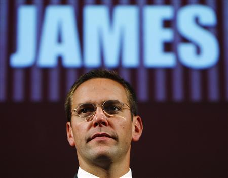 BSkyB Chairman James Murdoch, who is also head of News Corp in Europe and Asia, rehearses for his James MacTaggert Memorial lecture as part of the Media Guardian Edinburgh International TV Festival in Edinburgh, Scotland August 28, 2009. REUTERS/David Moir