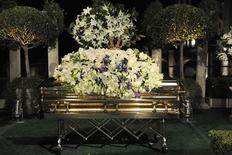 <p>In this handout photo provided by Harrison Funk/The Jackson Family, Michael Jackson's casket rests during the funeral service held at Glendale Forest Lawn Memorial Park in Glendale, California September 3, 2009. REUTERS/Harrison Funk/The Jackson Family/Handout</p>