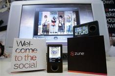 <p>Microsoft lancia nuovo Zune per far concorrenza a iPod di Apple. REUTERS/Robert Sorbo</p>