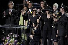 <p>Al Sharpton, Janet Jackson, Prince Michael Jackson II (AKA Blanket), Brooke Sheilds, La Toya Jackson, Paris Katherine Jackson and Ken Stacey sings at the Michael Jackson public memorial service held at Staples Center in Los Angeles, July 7, 2009. REUTERS/ Kevork Djansezian/Pool</p>
