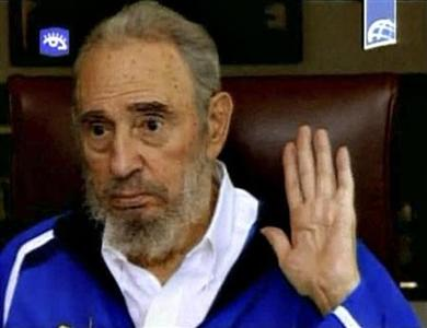 Former Cuban leader Fidel Castro gestures as he speaks in this August 22, 2009 video grab from Cuban TV. REUTERS/Cuban TV via REUTERS TV