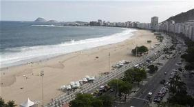 <p>An aerial view of Copacabana beach in Rio de Janeiro October 1, 2009. REUTERS/Bruno Domingos</p>
