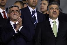 <p>Líderes de Turquia e Armênia usam futebol para diplomacia. REUTERS/Murad Sezer</p>