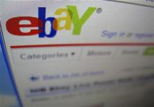 <p>La home page del sito di aste e vendite eBay. La foto è del 22 aprile 2009. REUTERS/Mike Blake</p>