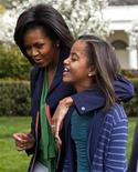 <p>Michelle Obama e la figlia Malia. REUTERS/Jim Young (UNITED STATES POLITICS)</p>