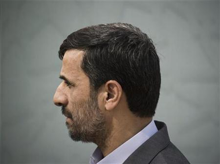 Iran's President Mahmoud Ahmadinejad attends an official ceremony in Tehran, October 17, 2009. REUTERS/Morteza Nikoubazl