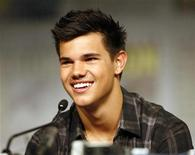 "<p>Actor Taylor Lautner from the upcoming movie ""The Twilight Saga: New Moon"" attends a news conference during the 40th annual Comic Con Convention in San Diego July 23, 2009. REUTERS/Mario Anzuoni</p>"