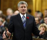 <p>Canada's Prime Minister Stephen Harper speaks during Question Period in the House of Commons on Parliament Hill in Ottawa November 5, 2009. REUTERS/Blair Gable</p>