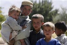 <p>Immagine d'archivio di bambini afghani. REUTERS/Nikola Solic (AFGHANISTAN CONFLICT SOCIETY)</p>