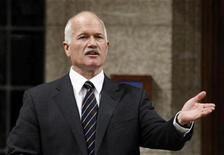 <p>New Democratic Party leader Jack Layton speaks during Question Period in the House of Commons on Parliament Hill in Ottawa October 26, 2009. REUTERS/Chris Wattie</p>