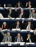 <p>Foto d'archivio di una votazione all'Europarlamento. REUTERS/Vincent Kessler (FRANCE)</p>