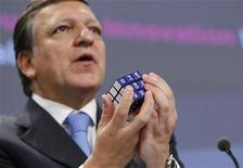 <p>European Commission President Jose Manuel Barroso displays a Rubik's Cube with the initials of EU countries as he holds a news conference at the EU Commission headquarters in Brussels, November 12, 2009. REUTERS/Francois Lenoir</p>