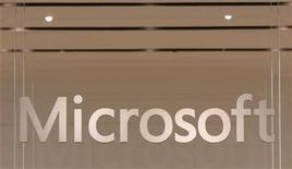 <p>Il logo di Microsoft. REUTERS/Joshua Lott</p>