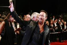 "<p>Musician Julian Lennon arrives for a gala screening of Irish director Catherine Owens and U.S. director Mark Pellington's film ""U2 3D"" at the 60th Cannes Film Festival, May 19, 2007. REUTERS/Eric Gaillard</p>"