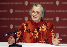 <p>Elinor Ostrom in una foto d'archivio. REUTERS/John Sommers II (UNITED STATES SCI TECH)</p>