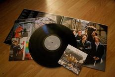 <p>Wilco's 2009 self-titled release is seen with a CD copy of the album along with the vinyl in Toronto December 3, 2009. REUTERS/Terri Coles</p>