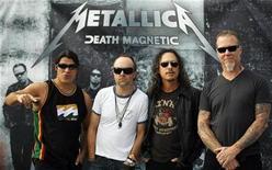 <p>Foto de archivo de la banda Heavy Metal Metallica en una fotografía para los medios en México, jun 4 2009. Las emblemáticas bandas de heavy metal Metallica, Slayer, Megadeth y Anthrax saldrán de gira juntas durante el 2010, al menos en Europa. REUTERS/Eliana Aponte</p>