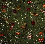 <p>Pendant les fêtes de fin d'année, un cabinet d'avocats londonien propose des bons cadeaux pour une séance avec un spécialiste des questions matrimoniales. /Photo d'archives/REUTERS</p>