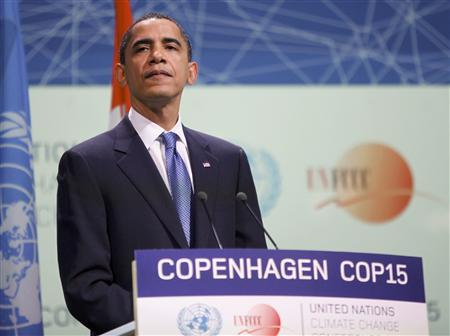 President Barack Obama addresses the session of United Nations Climate Change Conference 2009 in Copenhagen December 18, 2009. REUTERS/Bob Strong