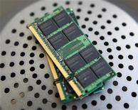 <p>Dei chip Dram. REUTERS/Nicky Loh</p>