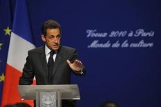"""<p>Lors de la présentation de ses voeux au monde de la culture, Nicolas Sarkozy s'est prononcé pour un renforcement de la lutte contre le piratage des oeuvres culturelles sur internet, proposant notamment la mise en place d'une """"carte musique jeune"""" prise en charge pour moitié par l'Etat. /Photo prise le 7 janvier 2010/REUTERS/Philippe Wojazer</p>"""