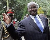 <p>Uganda's President Yoweri Museveni waves upon his arrival at Ngurdoto Mountain Lodge in Arusha May 22, 2008. REUTERS/Antony Njuguna</p>