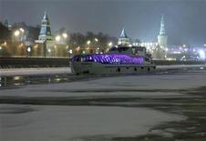 <p>Mosca di notte in una immagine d'archivio. REUTERS/Sergei Karpukhin</p>