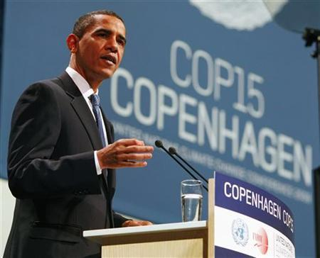 U.S. President Barack Obama attends the morning plenery session of the United Nations Climate Change Conference (COP15) at the Bella Center in Copenhagen, Denmark, December 18, 2009. REUTERS/Larry Downing