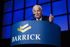 <p>Chairman and founder of Barrick Gold Peter Munk speaks at the Barrick Gold Annual General Meeting in Toronto, April 29, 2009. REUTERS/Mark Blinch</p>