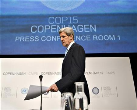 U.S. Senator John Kerry arrives for a news conference during the UN Climate Change Conference COP15 at the Bella Center in Copenhagen December 16, 2009. REUTERS/Scanpix/Henning Bagger