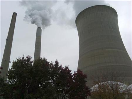 A cooling tower is seen at a power plant in New Haven, West Virginia October 27, 2009. REUTERS/Ayesha Rascoe